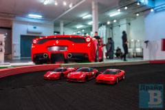 Трасса с радиоуправляемыми автомоделями серии Mini-Z на презентации Ferrari 458 Speciale в Барвиха Luxury Village