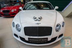 Тест-драйв в автосалоне Bentley