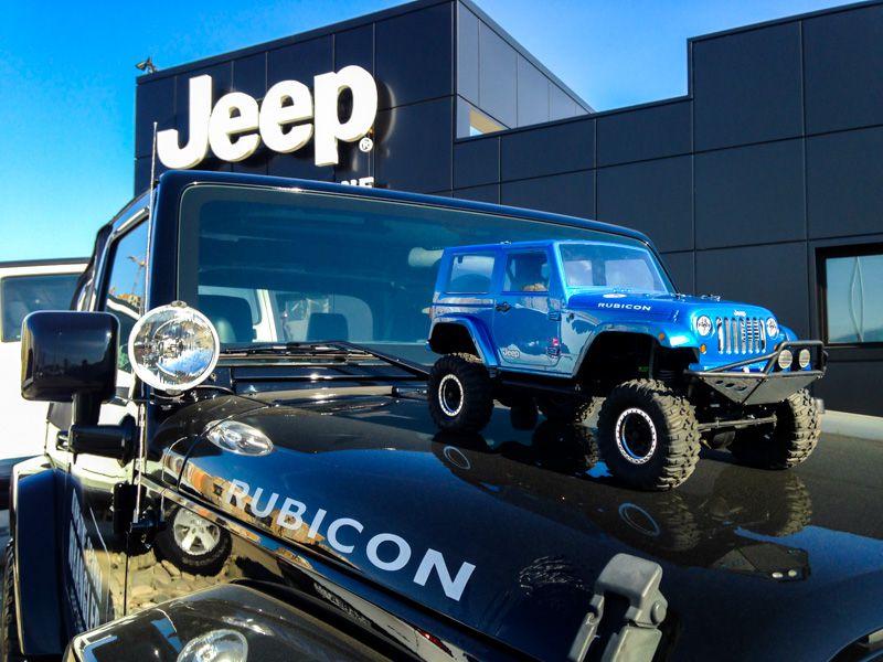 Трасса с радиоуправляемыми внедорожниками в аренду на тест-драйв Jeep Territory