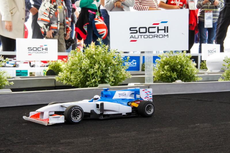 Трасса с радиоуправляемыми машинами Формула-1 в аренду на Гран-при Formula1 в Сочи